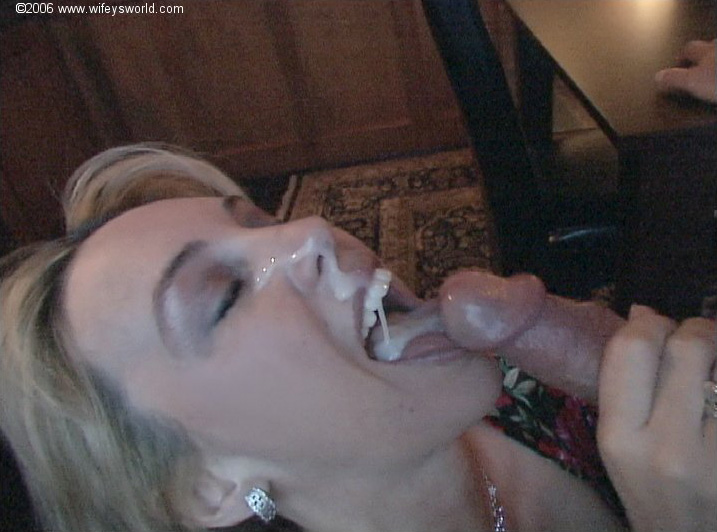 Wifey loves to swallow cum after getting off
