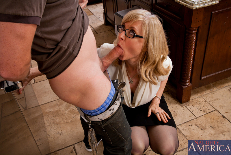 Nina hartley meets her new neighbor - 3 part 2