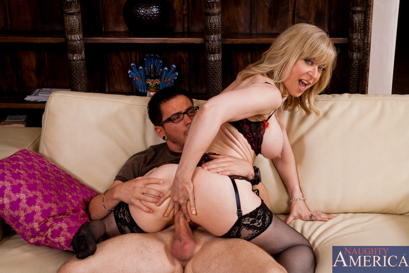 Milf hunter nina hartley, hunter beach sex